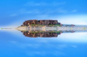 Reflection-Fort by vardhanharsh