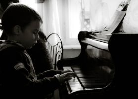 Playing the piano by arvael18