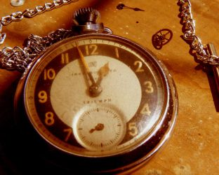 OLD POCKET WATCH by OneMinutes