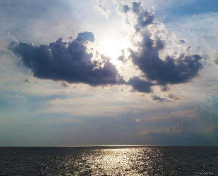 Clouds and sea by snaphappy101