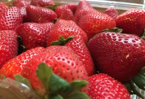 Strawberries ! by Photoartistic26