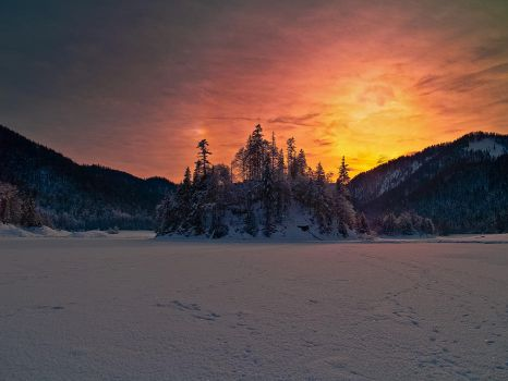 cold sunset by MarvinDiehl