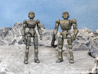 3D printed male and female robots 3 3/4 inches C by hauke3000