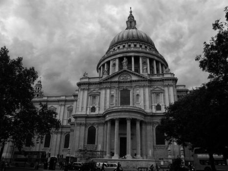 St. Paul's Cathedral by francis1ari