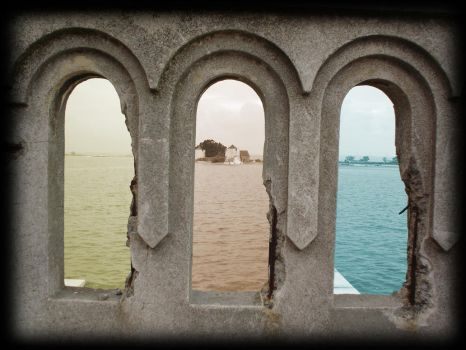 3 windows by Njord