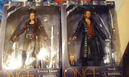 Emma Swan and Hook 6 inch Scale Action Figure by ClarkandLanaKent