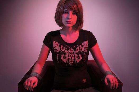 Max in the Dark Room 1 - Life is Strange cosplay by LuckyStrikeCosplay