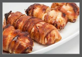 Bacon Wrapped Chicken 01 by PoodleSchmoodle