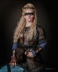 Lagertha Cosplay leather armor by Lagueuse