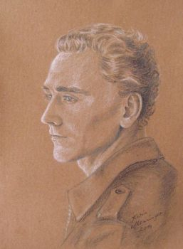 Tom Hiddleston by KarinM