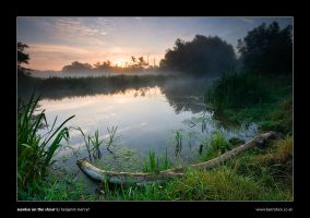 Sunrise on the Stour by henroben