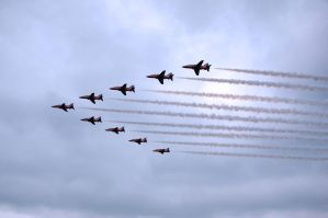Arrival of the Red Arrows by lastboardingcall