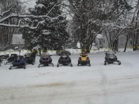 Snowmobiles..... by LastZoneTrooper