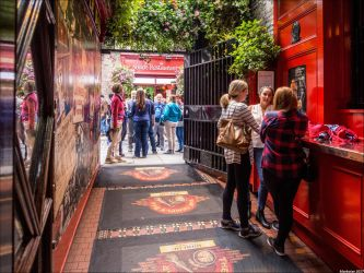 Dub 46 : The Temple Bar by Markotxe