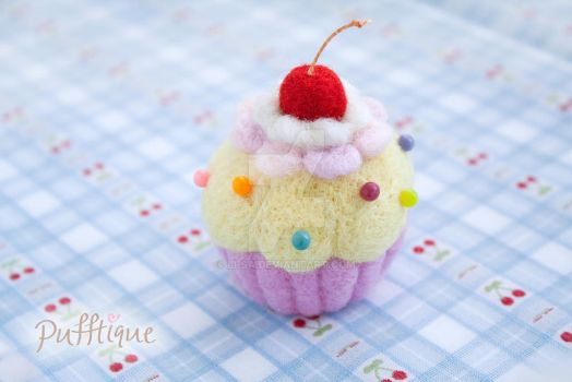 Needle felted cupcake pin cushion by li-sa