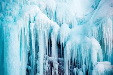 World of Ice by DanielZrno
