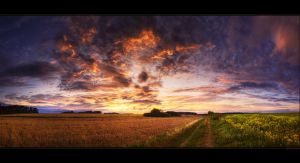Hungarian skies pt.XCVI. by realityDream