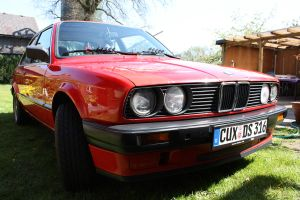 BMW 316i E30 by zinerva91