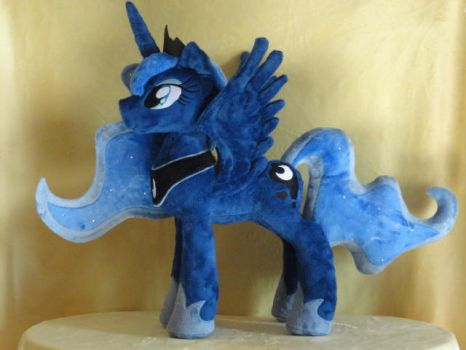 Luna with a new Pattern by WhiteDove-Creations