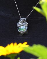 Cabbage fairy by Tuile-jewellery