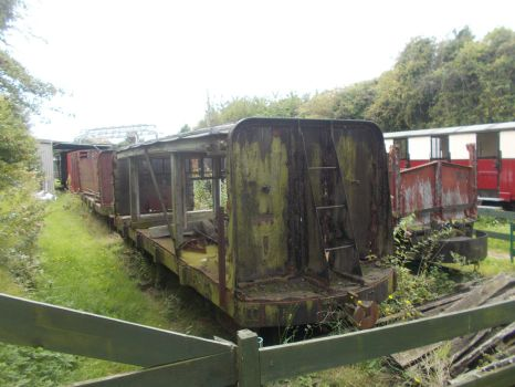 Goods Wagons Left In The Siding by FFDP-Neko