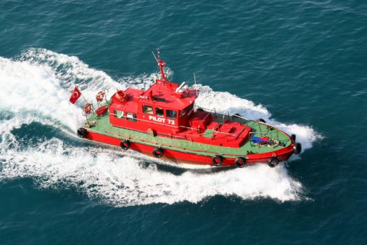 Red Pilot Boat by lorenzo-angelo