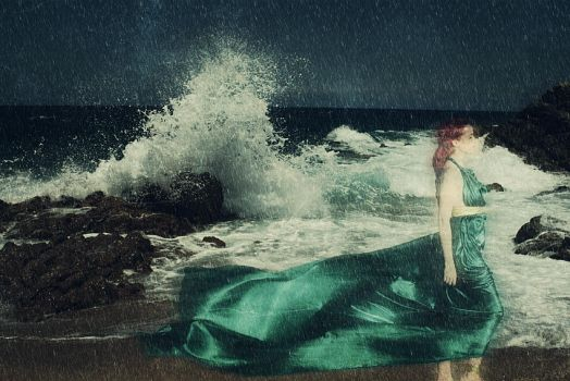 The Ghost of the Ocean by poisiongirl