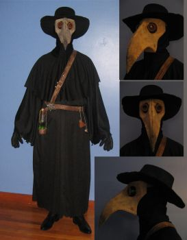 Plague Doctor Costume by stinkywigfiddle