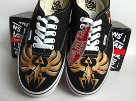 Zelda Triforce Vans by LaraWegenaerArts