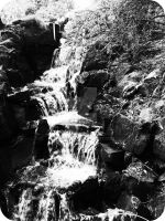 Mini waterfall by Ginkoftw