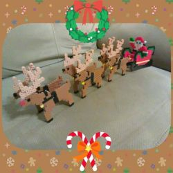 [Perler Commission] - Santas Sleigh by FluffyRosey