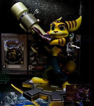 Gaming Heads Ratchet and Clank Statue by Cobra-Roll