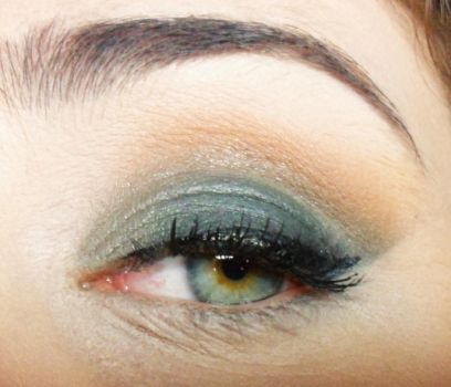 Wood Green and Soft Brown Makeup Look by DarkPowerOfMetal