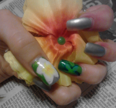 Flowers on Nails by RoxieAngel