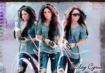 Miley Cyrus. 4 by Demixion