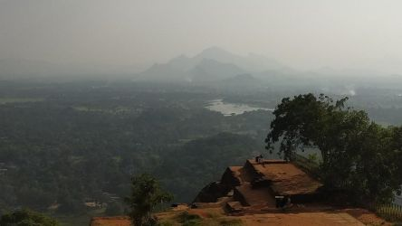 Sigiriya by bironicheroine