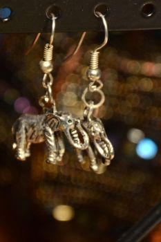 Elephants and bokeh by Zochulka