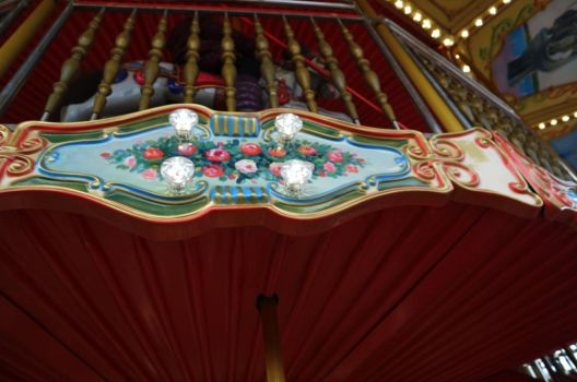 Carousel from the inside by aki382
