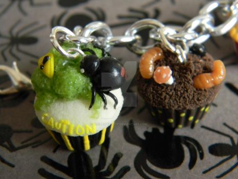 Toxic Cupcake And Dirty Death Cupcake-Polymer Clay by ThePetiteShop