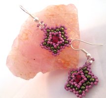 Wishing Star Earrings - Red, Pink, Green 02 by MythrilAngel