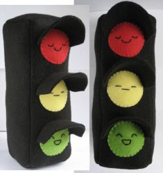Traffic Light Plush by Neoitvaluocsol