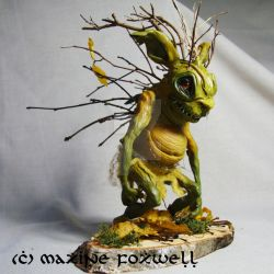 Stray Sod Faerie by LaOubliette