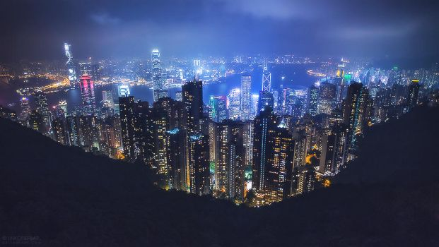 Hong Kong Rising by Unkopierbar
