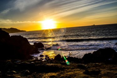 Rocky Beach Sunset by Micle-Pickle