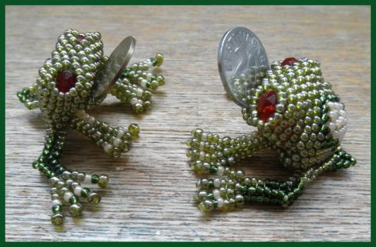 Coin frogs by Rrkra