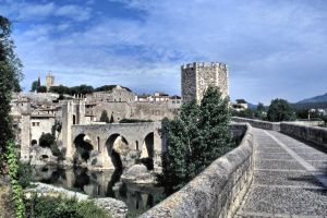 Bridge of Besalu by UdoChristmann