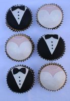 Wedding Cupcakes by Verusca