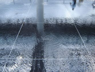 A floor of water by Zazou8