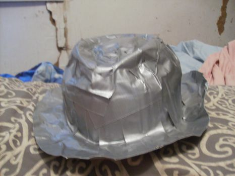 Duct Tape Hat. by ChaosYuuki