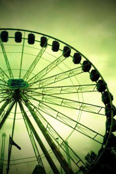 Ferris Wheel by KUlrich23